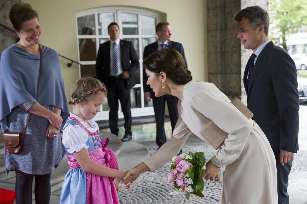 Crown+Prince+Frederik+Crown+Princess+Mary+peCqDeAzrwOx