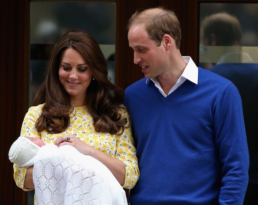 Kate+Middleton+Duke+Duchess+Cambridge+Depart+lrXcettq_q0x