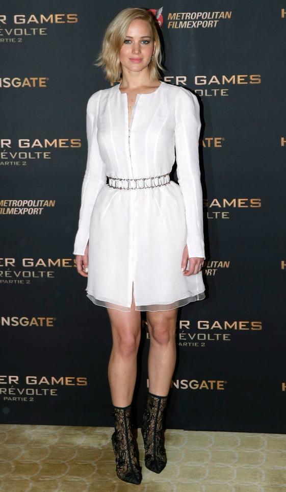 Jennifer-Lawrence-Hunger-Games-Dress-Paris