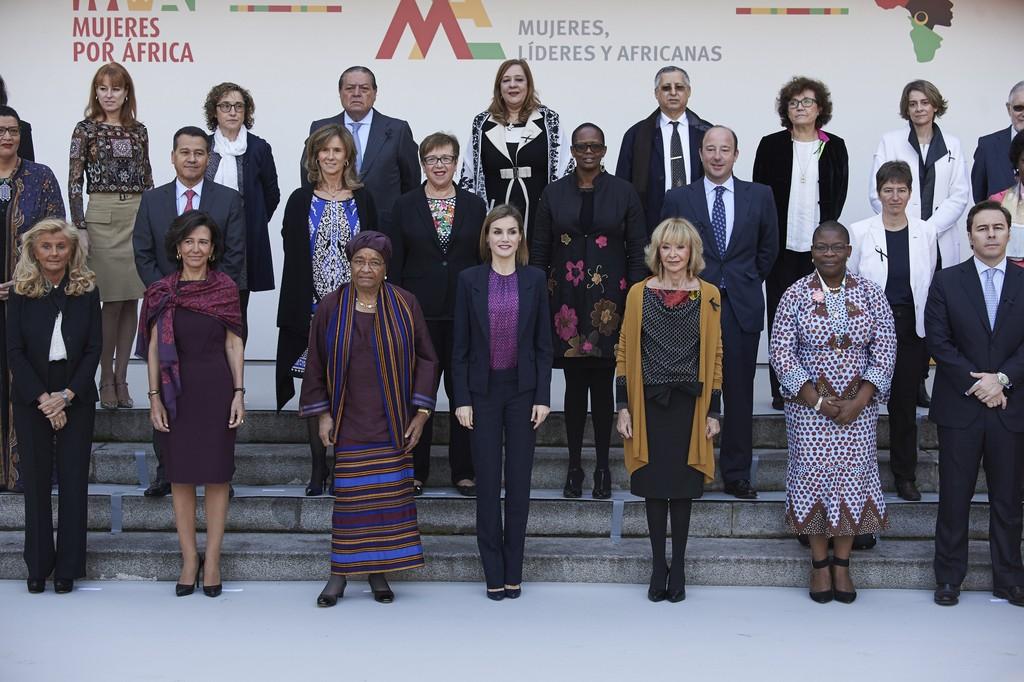 Queen+Letizia+Spain+Meets+Mujeres+por+Africa+7xmKaetgTbUx