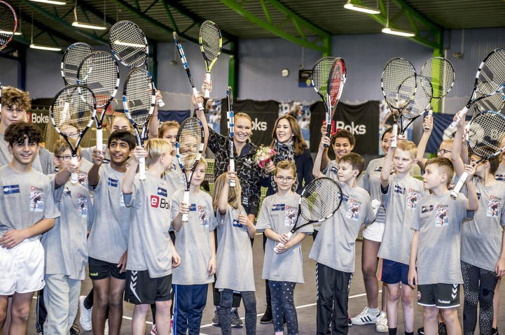Tennis-event i KB Hallen i anledning af Børnehjælpsdagen