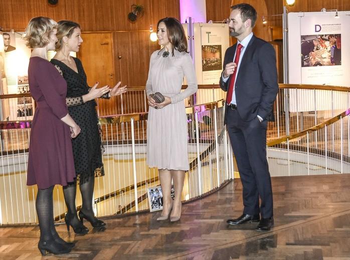 Kronprinsesse Mary forestår åbningen af Frivillighovedstadsåret Åbning af frivilligåret i Rådhuset- Kronprinsesse Mary åbner udstillingen