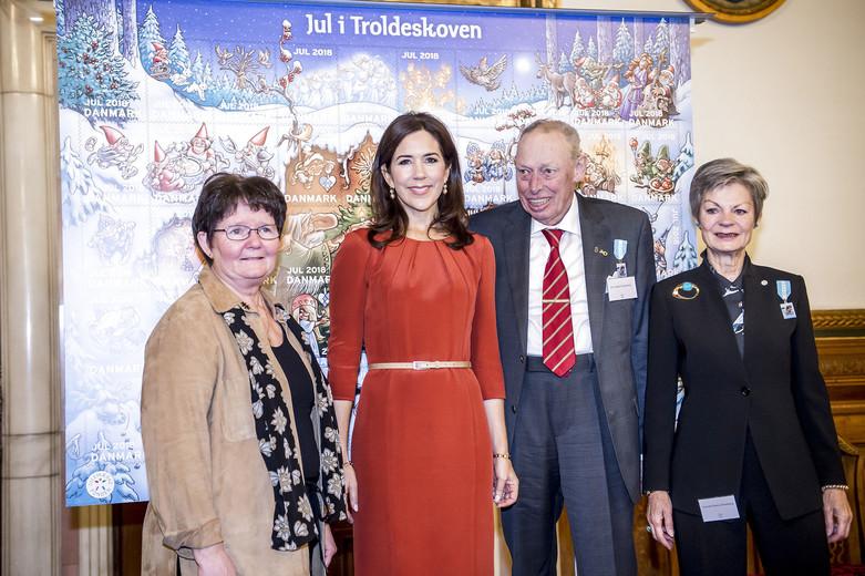 Kronprinsessen præsenterer årets julemærke, Kronprinsesse Mary, Kronprinsessen