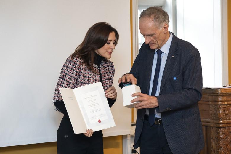 H.K.H Kronprinsessen modtager prisen for årets tale, Kronprinsessen