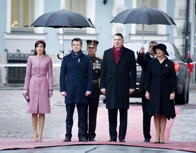 LATVIA-DENMARK-ROYALS-DIPLOMACY, Kronprins Frederik, Kronprinsesse Mary